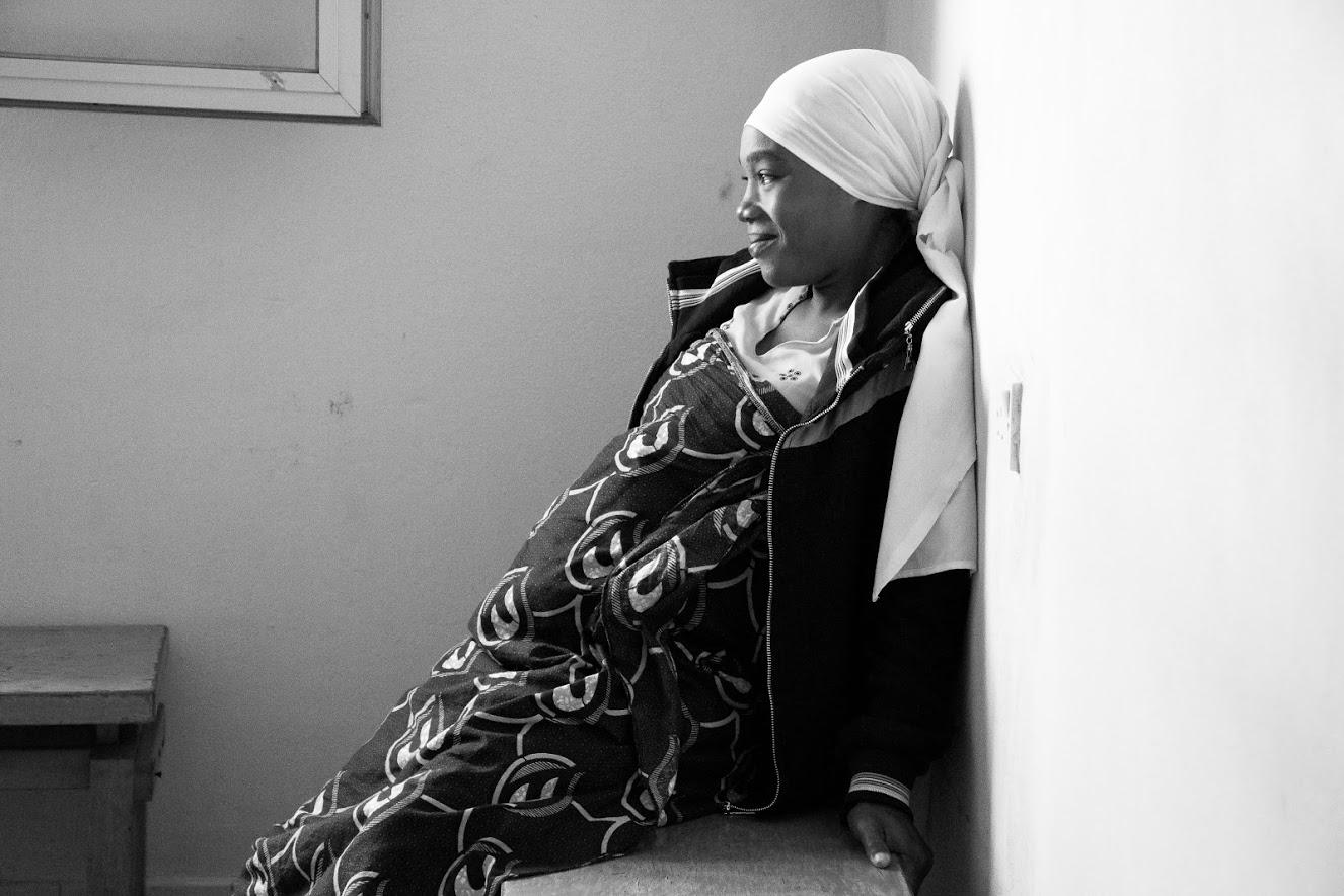Mum waiting for pre-natal visit